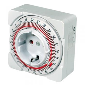 https://www.mayoristaelectronico.com/141-4436-thickbox_default/programador-compacto-diario-16-a-con-interruptor-e-intervalo-de-15-minutos.jpg